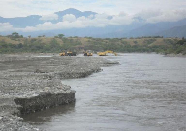 Empresa Ingenieríade Vías S.A. está acabando con el Río San Jorge en Cauca
