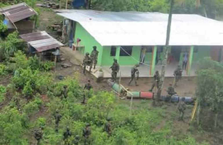 """Ejército disparó a quemarropa"" a joven que murió en Argelia, Cauca"