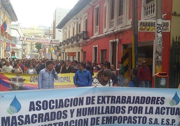 Defensores del agua luchan contra la privatización en Pasto