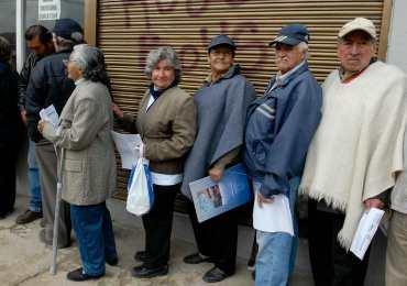 Pensionados esperan aprobación presidencial a ley que defiende sus derechos
