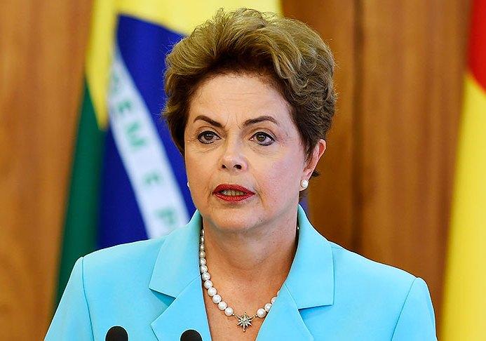 """Impeachment """"rompe la base de la democracia"""": Rousseff"""