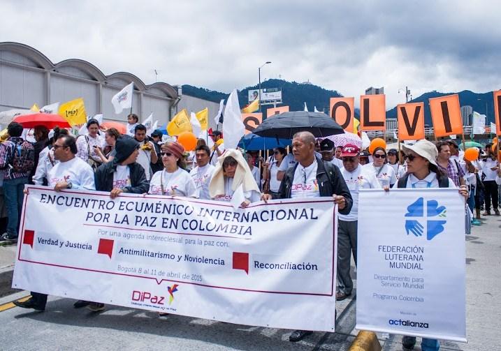 Iglesias en Colombia celebran anuncio sobre cese al fuego bilateral y definitivo