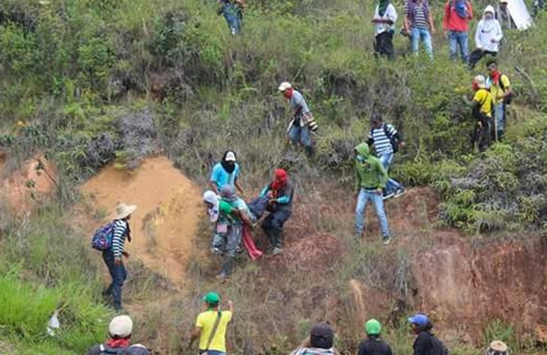 3 indígenas asesinados y 150  heridos es el saldo de represión a Minga en Cauca