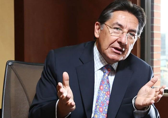 Fiscal general fue amenazante porque sabe que lo desenmascaramos: Iván Cepeda