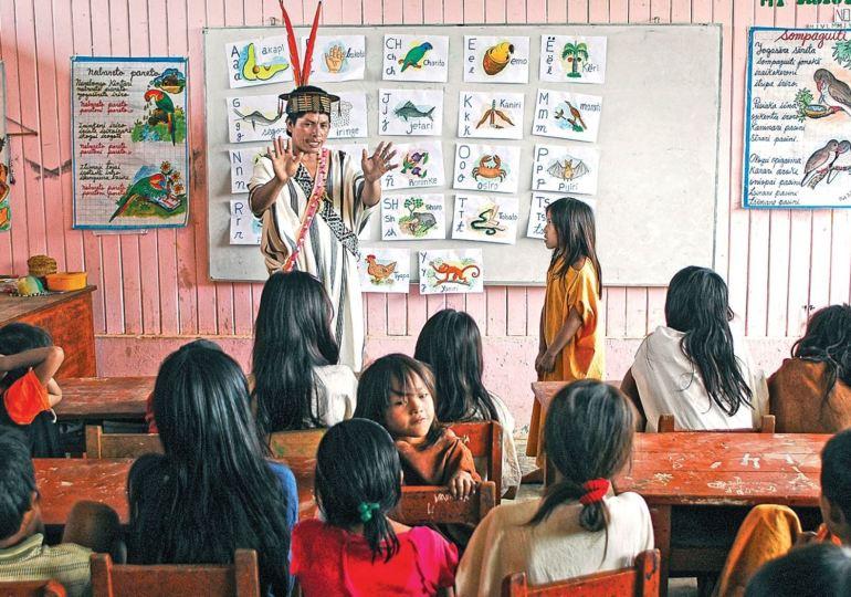 Indígenas del Cauca logran acuerdos con Ministerio de Educación