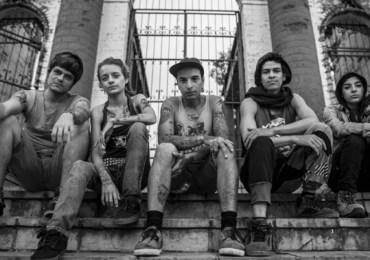 """Los nadie"" hermandad, arte callejero y punk"