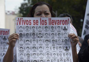 Continua asesinatos en contra de los normalistas de Ayotzinapa