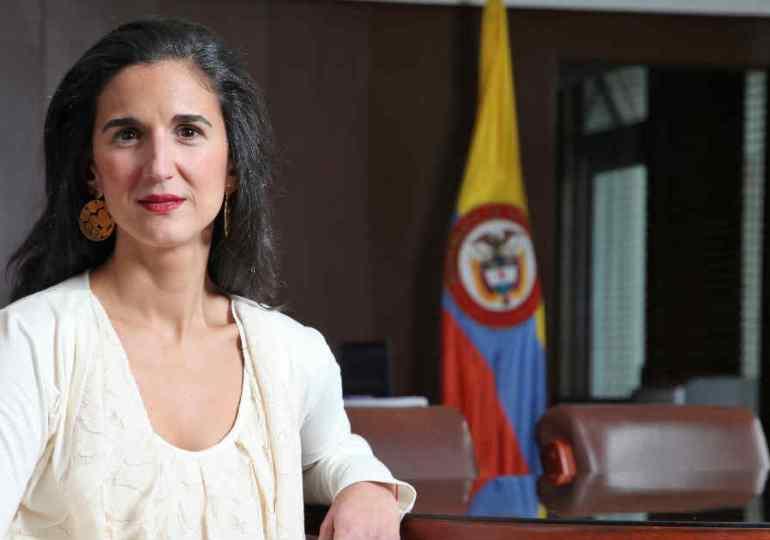 Yaneth Giha Tovar entra a la dirección de Ministerio de Educación