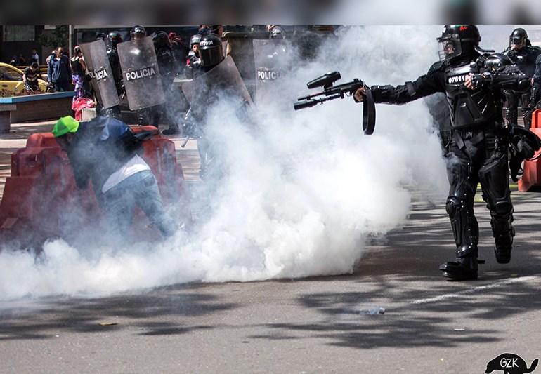 Caracol Radio: ¿Los Antitaurinos son terroristas?