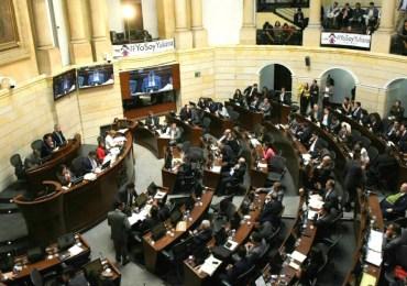 Denuncian fuerte arremetida de Gobierno para que senadores aprueben objeciones a la JEP