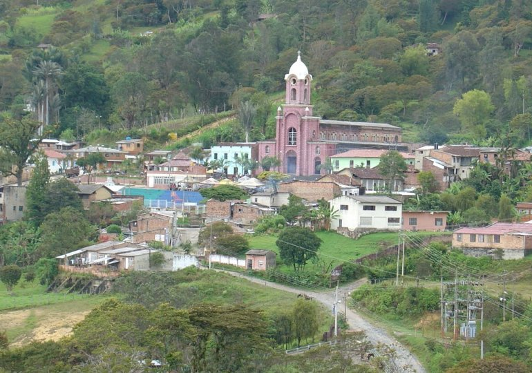 Sucre, Santander busca detener actividades mineras y petroleras este domingo