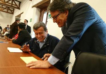 Futuro de la negociación con el ELN dependerá del nuevo presidente: Víctor de Currea
