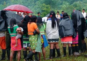 Indígenas de Chocó confinados por presencia paramilitar
