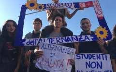 A proposito di alternanza scuola – lavoro, delle recenti proteste e dell'utilità e il danno della scuola per la vita.