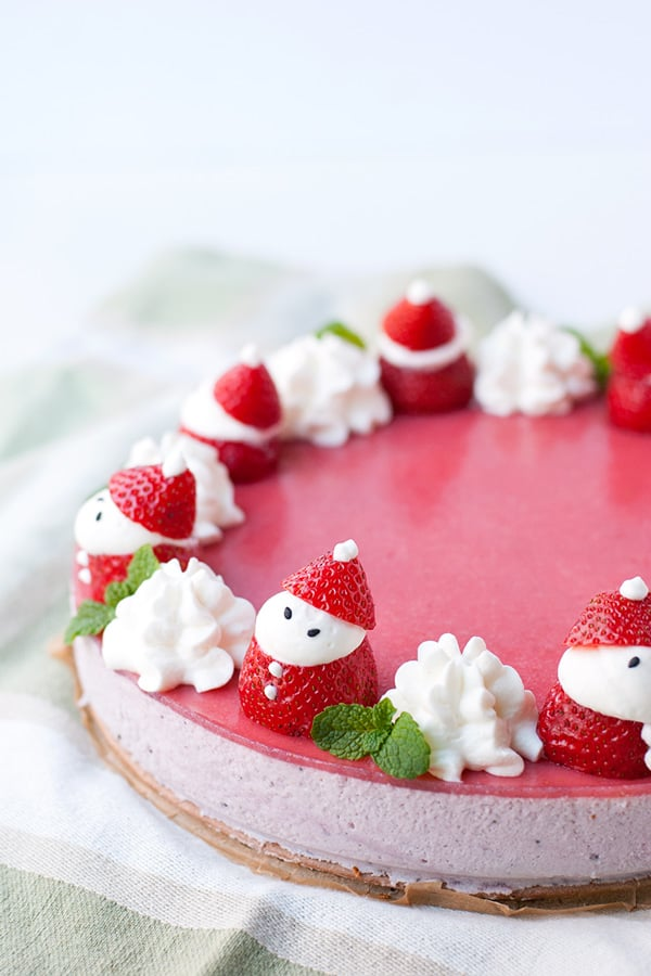 Strawberry mousse cake contemplating sweets strawberry mousse cake sisterspd