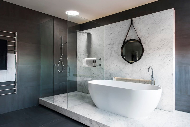 12 Photos Of An Understated Elegant Monochromatic Bathroom     13 Inspirational Photos Of A Monotone Bathroom