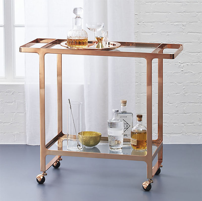 Here's What To Include When Creating Ultimate Bar Cart To Impress Your Friends