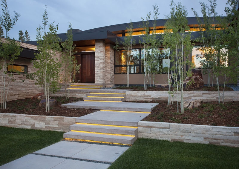 7 Landscaping Ideas For Your Front Yard | Staircase Design In Front Of House | Front Wall | Boundary Wall | Front Side | Indian Style | Outdoor