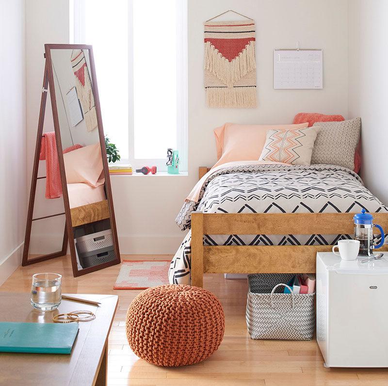 Dorm Room Design Must Have Essentials Decor Ideas