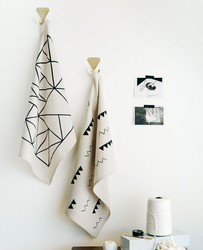 Gift Ideas For People Who Love To Cook // Geometric and minimal tea towels fit into any modern kitchen and make it easy to wipe up spills and dry off hands.