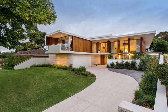Mountford Architects have designed this contemporary house in a suburb of Perth, Australia, whose design was inspired by LA architect A.Quincy Jones.