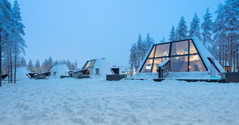 Finnish-Italian architecture office VOID Architecture and Finnish timber house manufacturer Honkatalot/PolarlifeHaus have developed the Glass Resort, a winter holiday destination inRovaniemi, Finland. #Resort #WinterResort #Hotel #Architecture