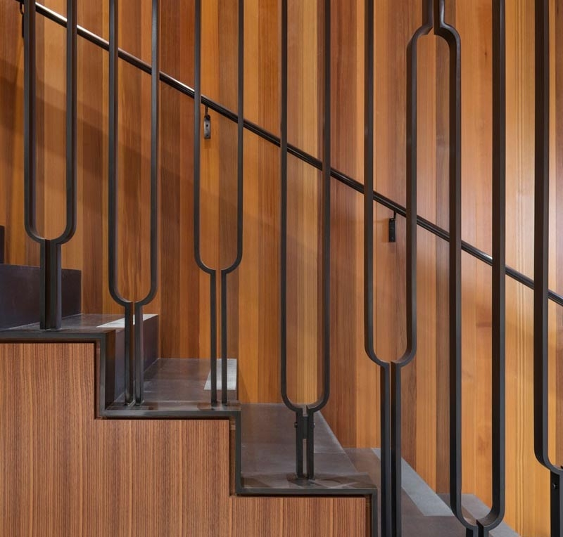 This Black Metal Stair Railing Makes A Strong Statement With Its U | Black Pipe Stair Railing | Industrial Farmhouse | Iron Pipe | Banister | Diy | Wrought Iron