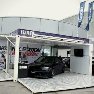 Container événementiel aménagé stand sport auto 1