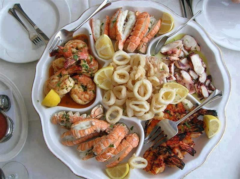 Αποτέλεσμα εικόνας για τα ψάρια και τα θαλασσινα..