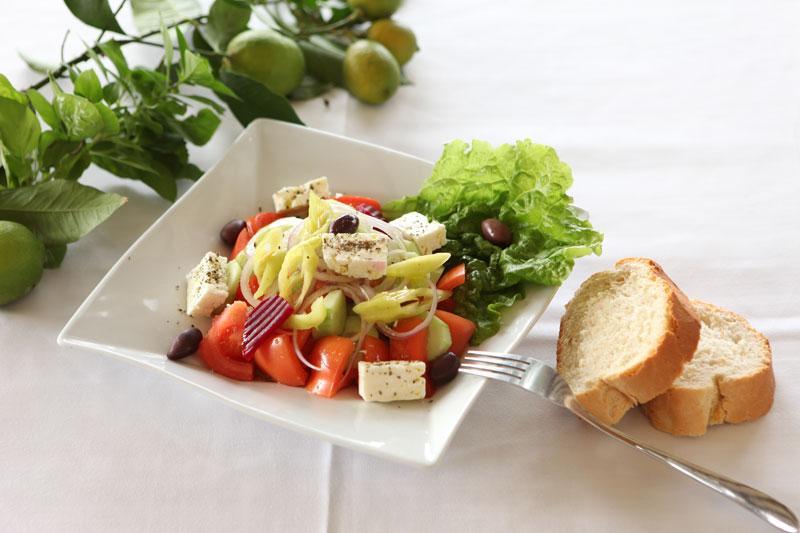 Image result for φαγητο σε εστιατόριο