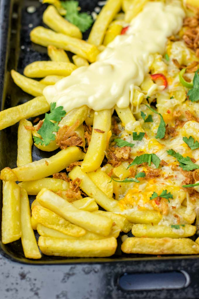 A vegan cheese mix is essential to make these loaded fries.