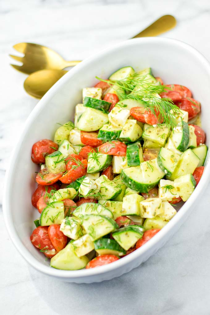 Easy preparation: just combine the vegetables and the dressing.