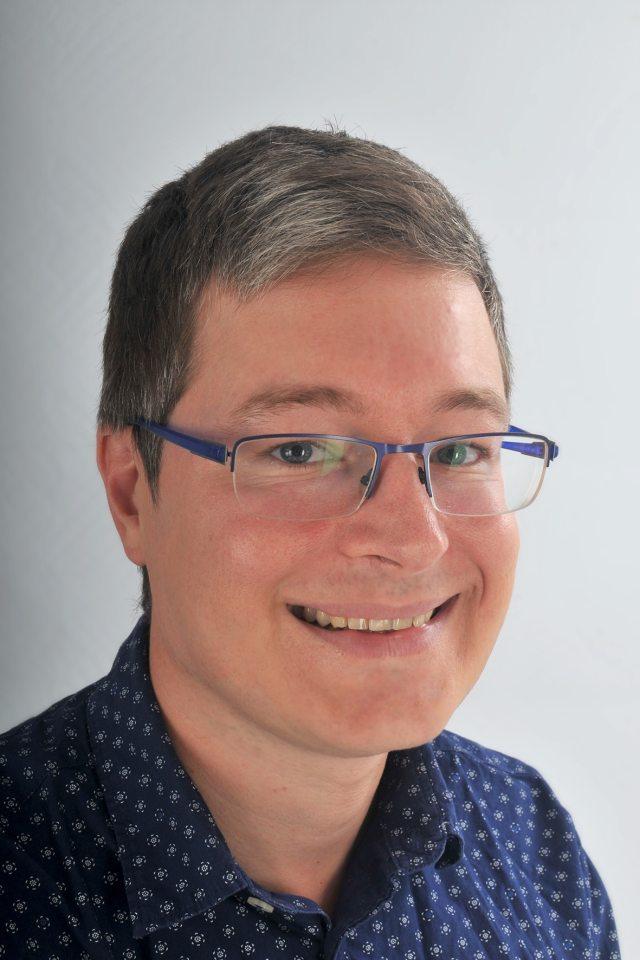Cédric Quéniart - Content Manager freelance - Content Pour Vous