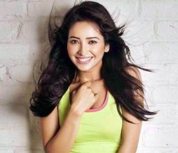 Aasha Negi Biography, Wiki Detail, Age, Height, Personal Life