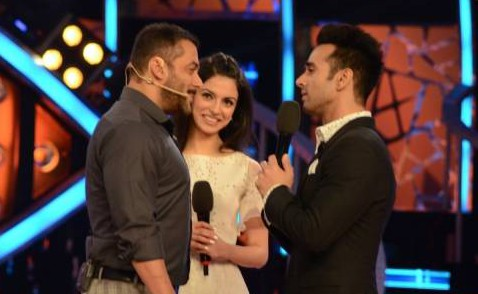 Salman Khan, Divya Khosla Kumar and Pulkit Samrat