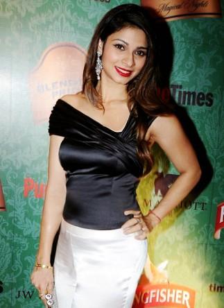 Tanisha Mukherjee Picture