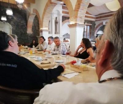 Asociaciones Civiles de San Miguel se reunieron con Ricardo Ferro Candidato a la presidencia municipal de San Miguel de Allende