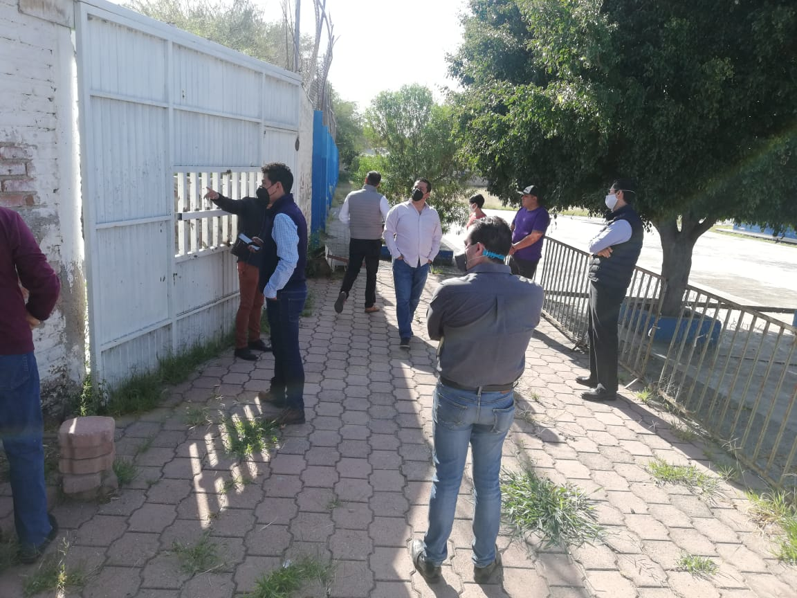 SEG brinda mantenimiento a escuelas en León