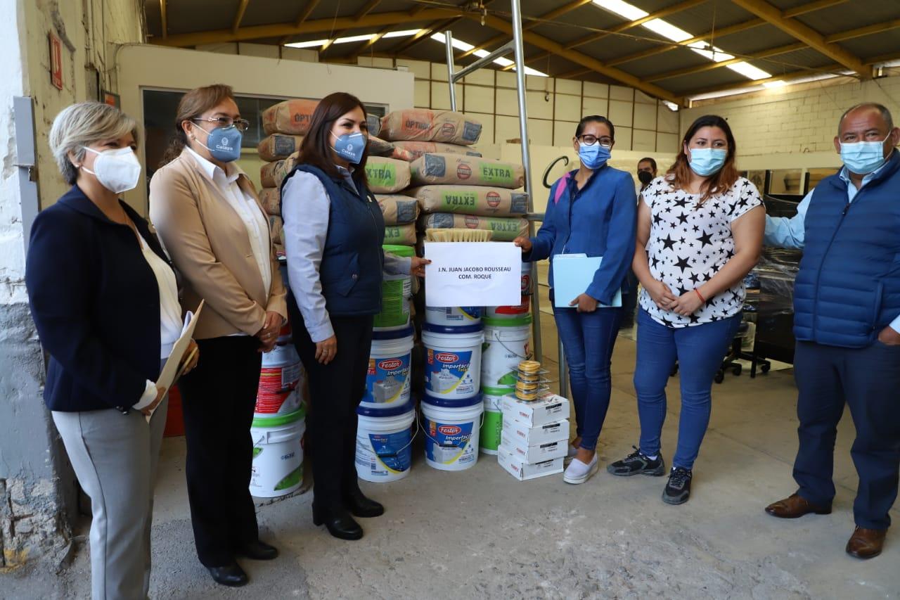 Entregan material para rehabilitar escuelas vadalizadas