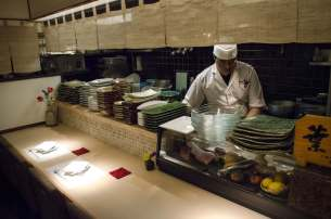 Hayama - Wagyu Beef Restaurant, Tokyo: The chef at work