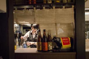 Hayama - Wagyu Beef Restaurant, Tokyo: The entire waiting staff (!) at work