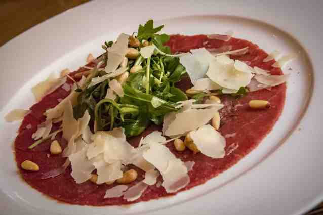 The Regent, 5-Star Hotel in Berlin - A carpaccio for lunch