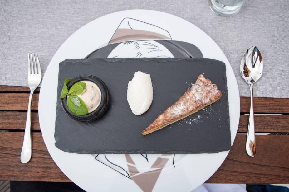 Coda, Prague - Apple Tart on a Slate