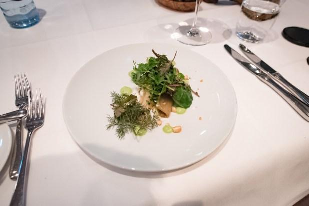 Tian, Vegetarian Restaurant in Munich - Chicory, buttermilk mousse, dill