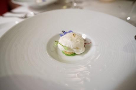 Le Restaurant de l'Hôtel, Paris – Crab, avocado and yuzu espuma