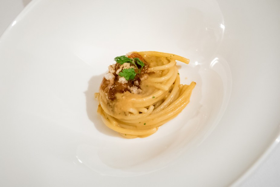 Assaje Restaurant in Rome - Spaghettoni with a sea urchin sauce