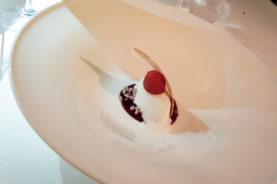 Assaje Restaurant in Rome - Parfait of sabayon with almond sablé and chocolate sauce