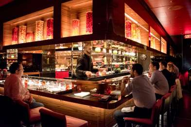 L'Atelier Robuchon in Montreal - The counter and the open kitchen