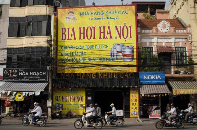 Arnaques au Vietnam: Bia Hoi, la bière en fût du Vietnam