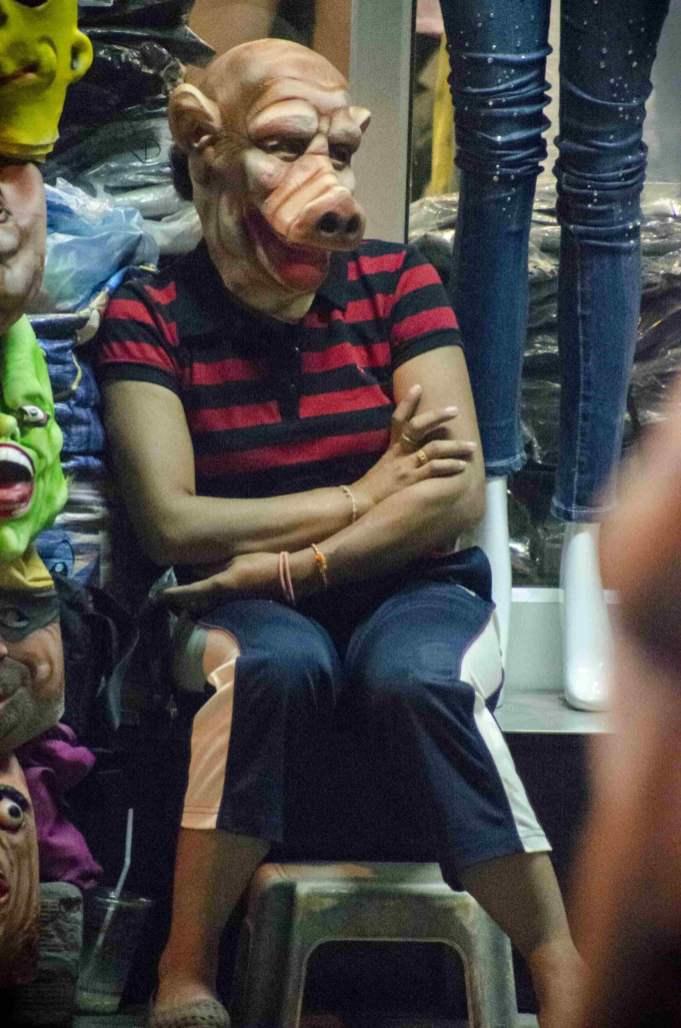 Arnaques en Thaïlande: Masques à vendre